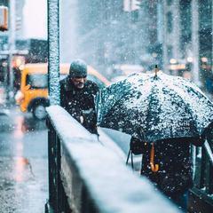 Погода у вихідні: в Україні дощі зі снігом, температура до +12 на півдні