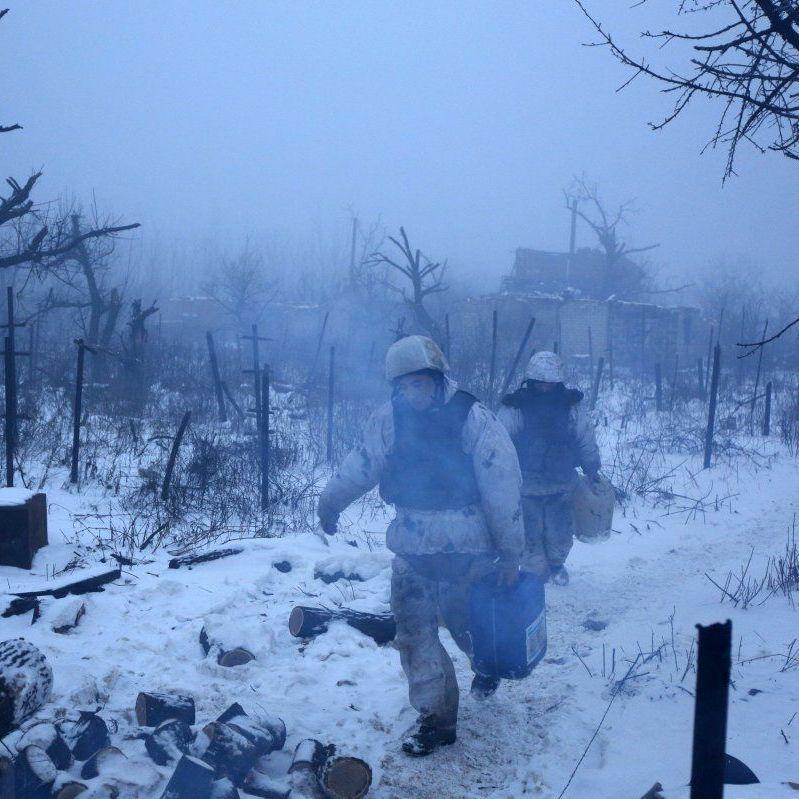 Агресор продовжував застосовувати міномети та піхотне озброєння - штаб АТО