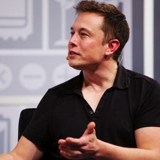 Маск через проблеми з митницею вирішив перейменувати вогнемети своєї компанії на «не вогнемети»