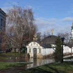 Скандал навколо «монастиря» УПЦ МП біля Десятинної церкви: неочікувана заява від Генпрокуратури