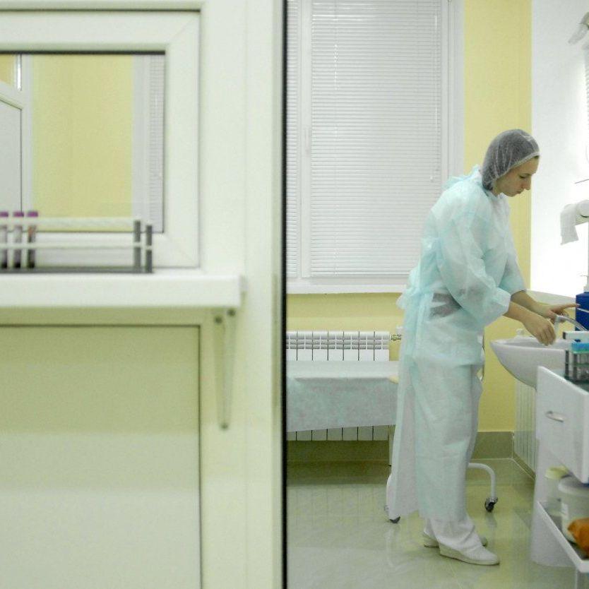 В Івано-Франківську померла 25-річна жінка, в якої діагностували  грип і кір