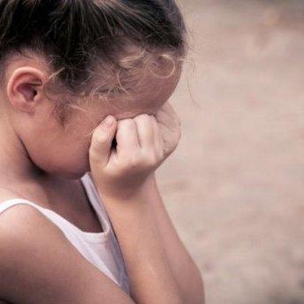 На Харківщині названого дідуся судитимуть за зґвалтування онуки
