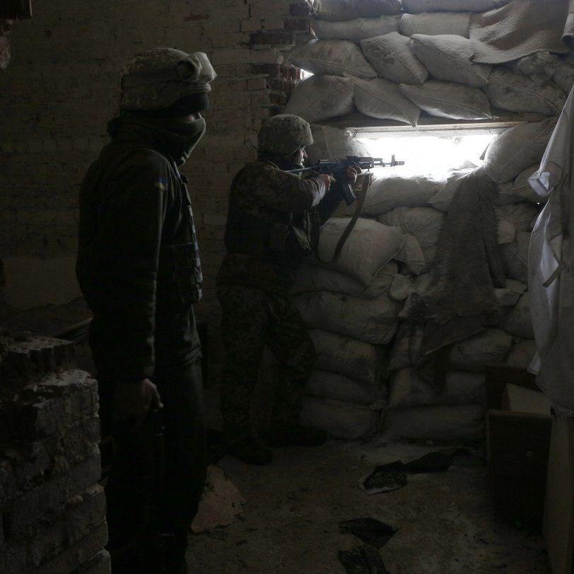 З початку доби бойовики 5 разів відкривали вогонь по українських позиціях - штаб