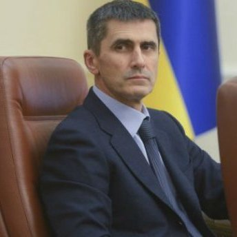 Колишній генпрокурор вступив до партії Порошенка