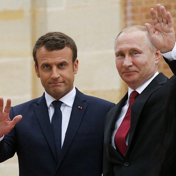 Макрон прийняв запрошення Путіна відвідати РФ у травні