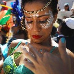 У Ріо-де-Жанейро сьогодні розпочався карнавал (фото, відео)