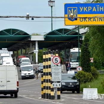 Українці найчастіше їздять у Польщу та Росію – Держстат