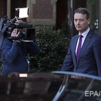 Глава МЗС Нідерландів подав у відставку, зізнавшись, що збрехав про свою зустріч із Путіним