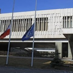 До посольства Польщі у Москві надіслали конверт з отрутою від комах
