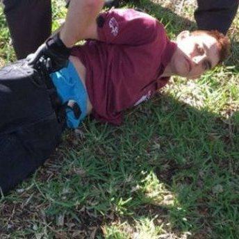 Губернатор Флориди вимагає відставки глави ФБР через бездіяльність