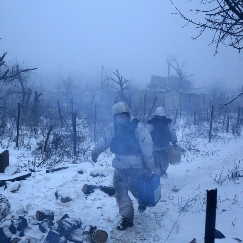 Бойовики 20 разів відкривали вогонь по українських позиціях: постраждали двоє військових