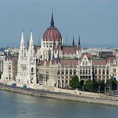 В уряді Угорщини главу МЗС Люксембургу офіційно назвали «екстремістом та ідіотом»