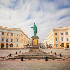 «Чорне море» в Одесі продали «дочці» Сбербанку