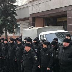 Київські спецпризначенці влаштували «мовчазний протест» під судом