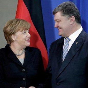 Порошенко провів телефонну розмову із Меркель: стали відомі деталі