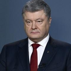 Порошенко пояснив, чому особисто не прийшов на допит у справі про державну зраду Віктора Януковича