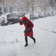 Сьогодні в Україні похолодає, на заході пройде сніг (карта)