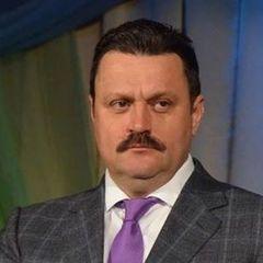Нардеп через суд вимагає кандидата в очільники МОЗ
