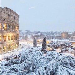 Рим засипало снігом вперше після 2012 року  (фото)