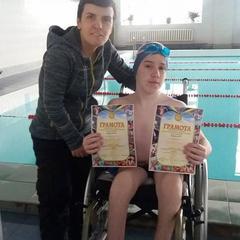 Тернополяни планують винести на Говерлу хлопця з інвалідністю (фото, відео)