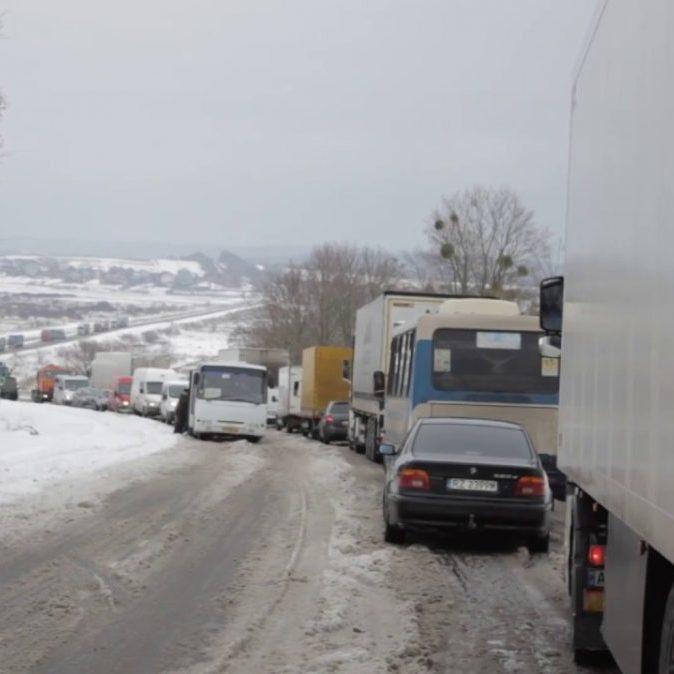 В'їзд до Києва можуть перекрити у зв'язку із негодою