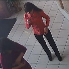 На Сумщині адміністратор ресторану врятувала життя відвідувачці (відео)