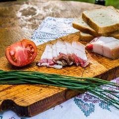 Український суперфуд. Британський дієтолог відніс сало до списку корисних продуктів