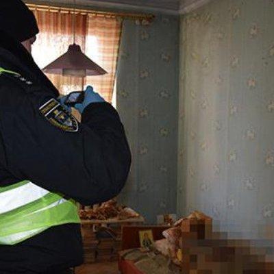 У Миколаєві жінка 30 років проживала в квартирі із трупом матері