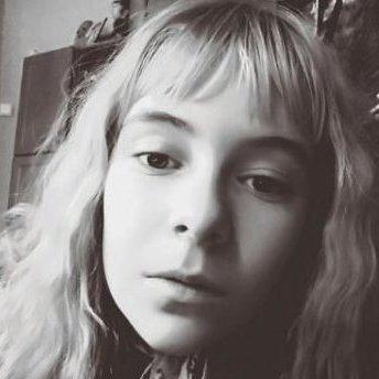 На Хмельниччині 12-річна дівчина скоїла самогубство