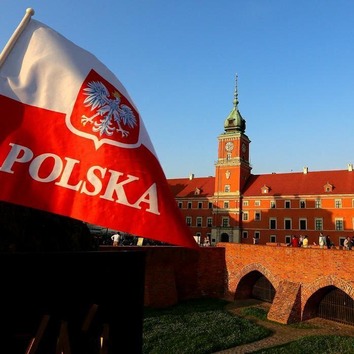 Європарламент підтримав введення санкцій проти Польщі через скандальну судову реформу