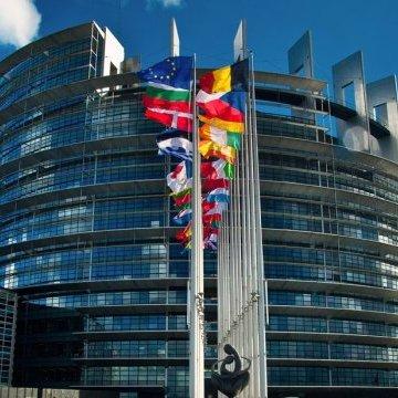 Європарламент підтримав введення санкцій проти Польщі