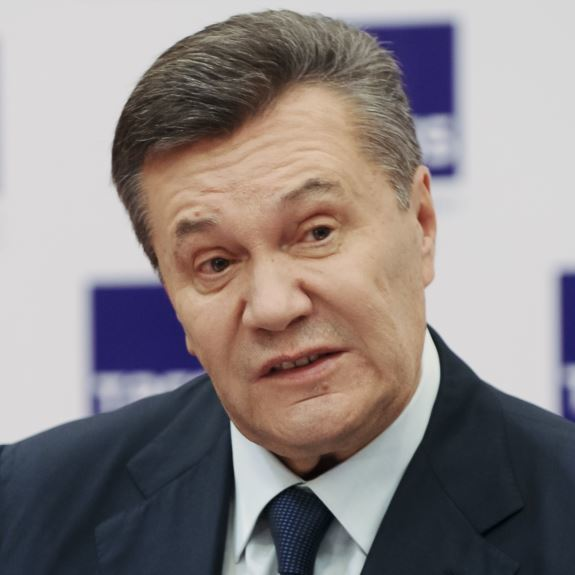 Янукович сказав, що не отримував даних про підготовку захоплення Криму
