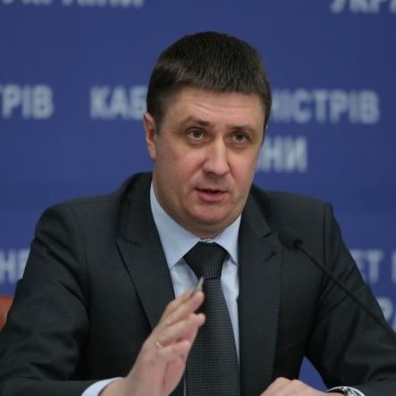 Кириленко розповів про нюанси майбутнього закону про гастролі в Росії (відео)