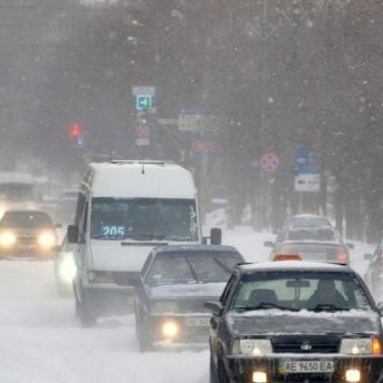 У Києві обмежать в'їзд вантажівок через негоду