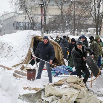 Поліція відпустила 112 затриманих у наметовому містечку активістів – Єгор Соболєв