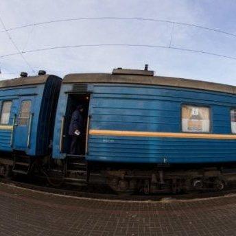 «Укрзалізниця» призначила на березень 16 додаткових поїздів: перелік напрямків