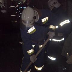 У Кривому Розі під тиском снігу обвалився дах заводу: одна людина загинула (відео)