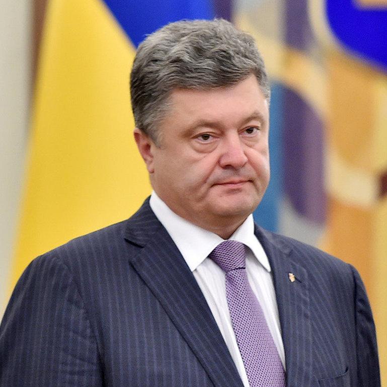 У Президента обговорюють фіксацію в Конституції стратегії вступу до ЄС та НАТО