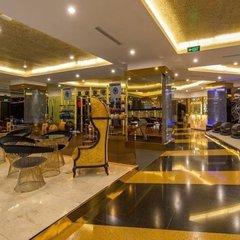 Золото і мармур: так виглядає фітнес-клуб з абонементом у 25 тисяч доларів (фото)