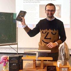 Український нардеп у Норвегії презентував власну книгу (фото)