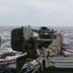 Впродовж дня загарбники здійснили три прицільні обстріли укріплень сил АТО - штаб