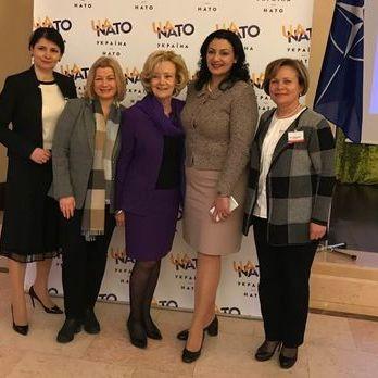 Ірина Геращенко запропонувала провести засідання міжпарламентської ради Україна – НАТО ближче до лінії фронту на Донбасі