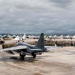 У Сирії при посадці на базі Хмеймім розбився російський літак, загинули 32 людини