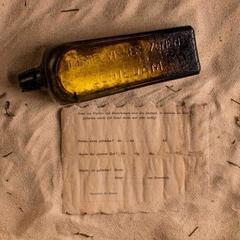 На австралійському пляжі знайшли пляшку із запискою з ХІХ століття