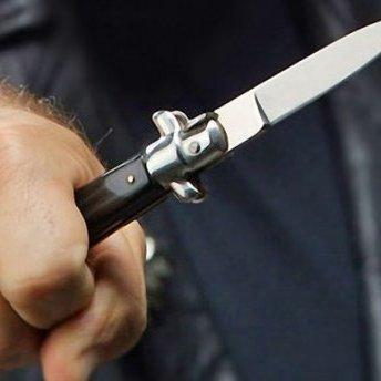 У Відні чоловік із ножем кинувся на перехожих: є поранені