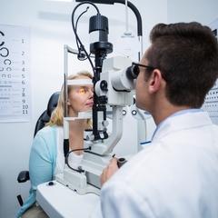 У Києві протягом тижня безкоштовно перевірятимуть зір: адреси медзакладів