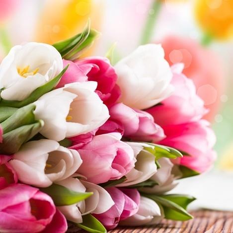 Сьогодні - Свято весни і жіночності