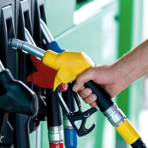 Мережі АЗС знижують ціни на бензин