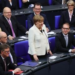 Присяга Меркель не обійшлася без інцидентів