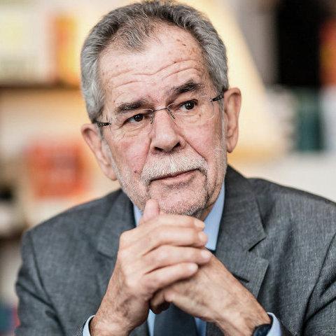 Ван дер Беллен засудив поїздки австрійських правопопулістів до Криму